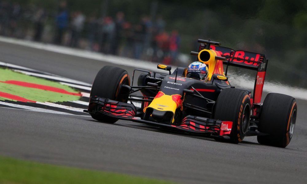 Ricciardo dominon në Montecarlo  Vettel e Hamilton e ndjekin